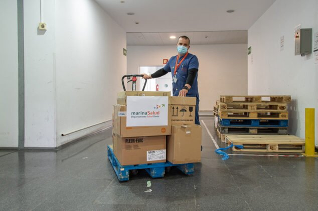 Imagen: Hospital de Dénia dona material al Congo