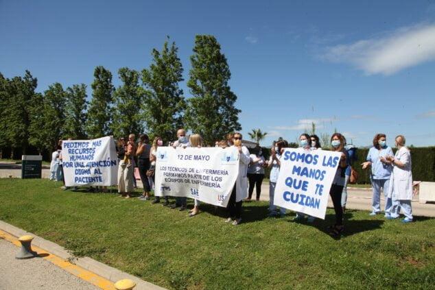 Imagen: Manifestación en el Hospital de Dénia
