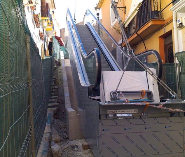 Imagen: Escaleras mecánicas en Calp