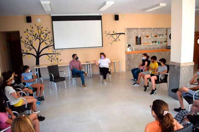 Imagen: Los niños de Benitatxell participan en el programa de fiestas