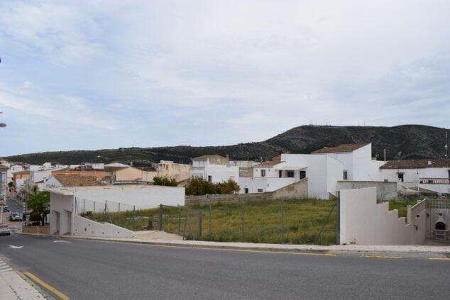 Imagen: Nuevo aparcamiento en Benitatxell