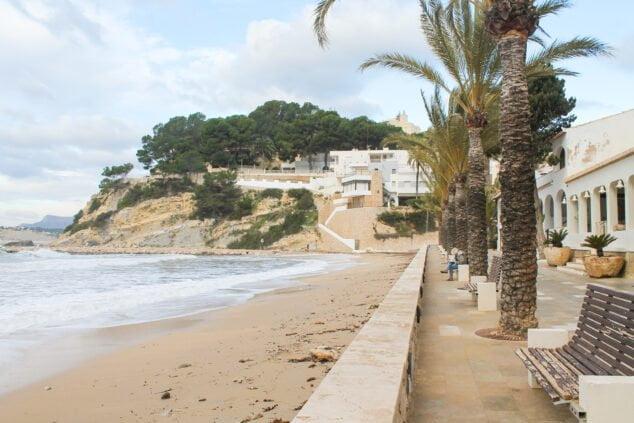 Imagen: Paseo de la playa El Portet Moraira