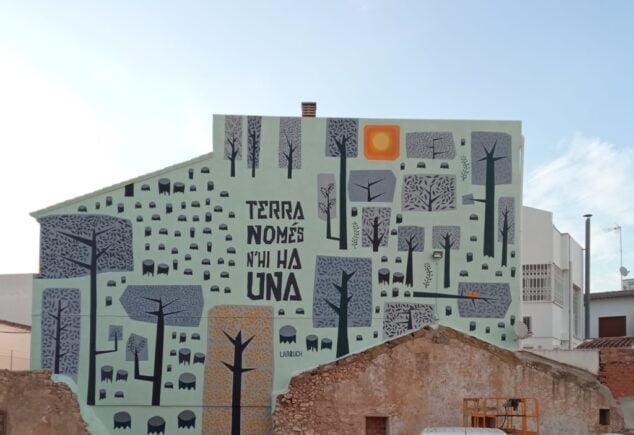 Imagen: Mural para sensibilizar del medioambiente en Pedreguer