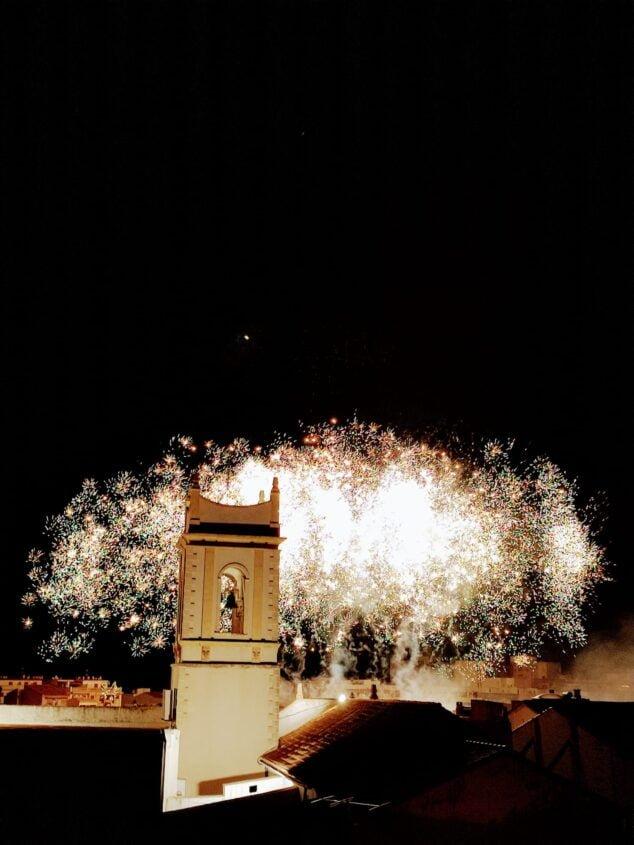 Imagen: Castillo de fuegos artificiales