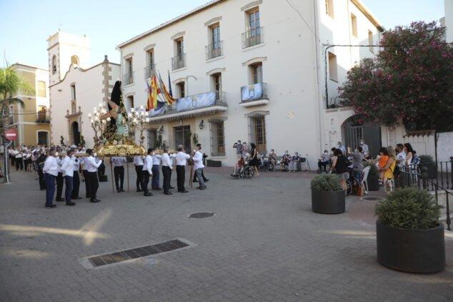 Imagen: Traslado de la Virgen a la Plaza de Toros para la ofrenda